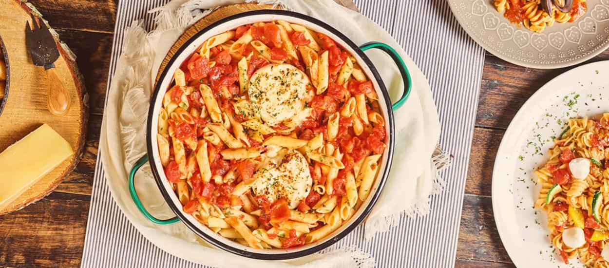 Penne Conzazoni al pomodoro, albahaca y Buffala (verano)